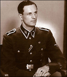 Je bývalý nacista rochus misch zločinec