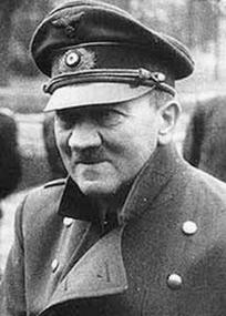 Žil Adolf Hitler v Argentině?