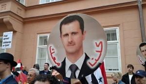 Demonstrace před americkým velvyslanectvím